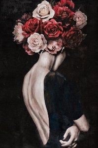 Schönheit mit Rosenperücke