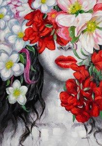 Beauté cachée derrière des fleurs