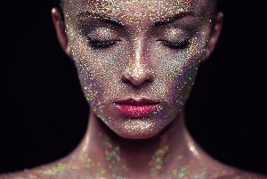 face with light glittery