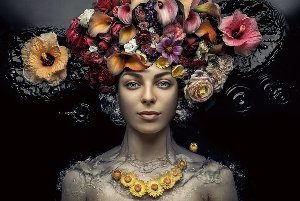 Lady with flower wig