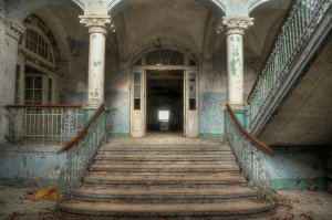 Lost Place Treppe 1