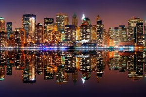 New York Skyline mit Spiegelung