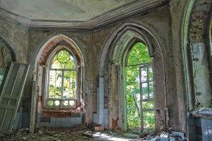 Lost Place Salon