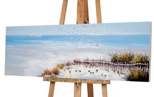 Möwen über dem Strand